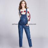 Кальсоны джинсыов повелительниц джинсовой ткани высокого качества общими сорванные женщинами