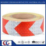 結晶格子(C3500-AW)が付いている白くおよび赤い矢の安全反射テープ