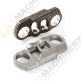 造られるカスタマイズされた鋼鉄CNCの機械化トラックの部品を造る