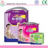 Gli strati versano i pannolini di Bebe per i bambini