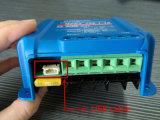 contrôleur solaire intelligent de chargeur de 5A 10A 15A MPPT avec l'écran LCD, câble usb