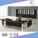 Escritorio de oficina ejecutiva moderno del vector del encargado de los muebles