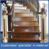 Escaleras de interior de lujo modificadas para requisitos particulares del acero inoxidable que cercan con barandilla para el hotel del chalet