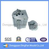 高精度の鋼鉄粉砕および挿入型のためのEDMの部品CNCの機械化の部品