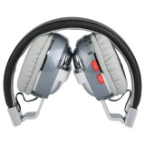 Cuffia avricolare di Bluetooth con la scheda di TF, funzione radiofonica