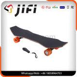 nicht für den Straßenverkehr 4 Räder, die Vorstand angeschaltenes elektrisches Longboard Skateboard treiben