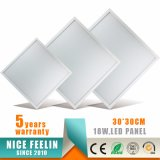 고품질 매우 얇은 중단된 LED 위원회 30*30cm 18W