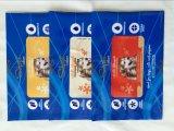 De plastic Noten staan de Zak van de Ritssluiting op