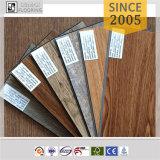 Plancher en bois gravé en relief de planche de vinyle de PVC de cliquetis de la configuration 5mm des graines