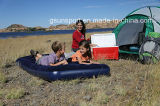 Colchón de aire inflable que acampa con construido en base de aire de la bomba