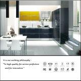 Moderne Art-UVküche-Schrank mit Insel (ZH923)