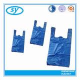 Sacs en plastique colorés estampés recyclables faits sur commande de T-shirt de PE pour des achats