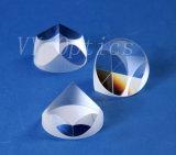 Prisme faisant le coin optique de triangle de prisme de pyramide de prisme de cube