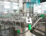 Chaîne de production remplissante de l'eau minérale de bouteille d'animal familier