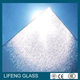 Низким стекло сделанное по образцу утюгом Tempered для панели солнечных батарей