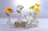 Künstliche Sonnenblumen im Glasvase für alle allgemeine Dekoration