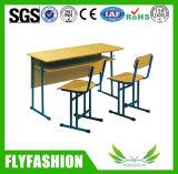 나무로 되는 두 배 붙어 있던 학교 책상 및 의자 학교 가구