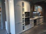 Cabinet de cuisine blanc de forces de défense principale de laque inoxidable moderne de lustre