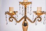 Support de bougie d'or de couleur pour la décoration de mariage avec l'affiche trois