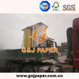 Papier sans carbone de NCR d'Autocopy dans la bobine enorme