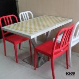 固体表面のレストランの食堂の家具表