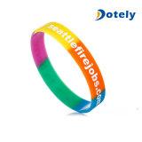 Venda barata dividida en segmentos de la pulsera del silicón del color para los regalos de la promoción