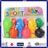 De kleurrijke die Ballen van het Kegelen met Aangepast Embleem/Kleur/Grootte worden geplaatst