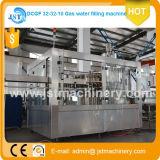 Máquina de engarrafamento Carbonated da água de soda