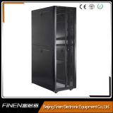 Cabina de la red del estante 42u del servidor de la serie del APC