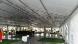 500 genti immaginano la tenda foranea della festa nuziale della tenda dell'Europa