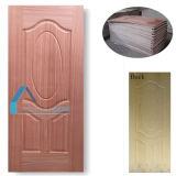 自然な実質のSapelliの木製のベニヤによって形成される合板のドアの皮