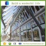 Длинние здания стальных структур пяди к Южной Африке