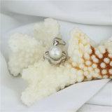 Pendente naturale della perla dell'annata di Zircon brillante a forma di del trifoglio