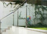 지붕 발코니를 위한 정연한 스테인리스 Post&Balustrade/Stainless 강철 유리제 난간 또는 유리 방책