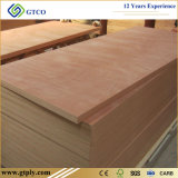 madera contrachapada de caoba de la chapa de Okoume de la ceniza plana de 3m m para la piel de la puerta del sitio