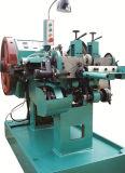 Rebite de cobre de prata que faz a máquina