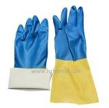 長い化学青いニトリルの十分に浸された働く手袋