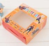Caisse d'emballage de jouet avec le guichet