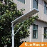 50W todo em um/integrou a luz de rua solar do diodo emissor de luz com 5 anos de garantia