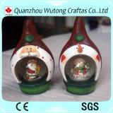 La resina perfezionamento sfera dell'acqua della resina della decorazione di festa del globo della neve della decorazione di natale la mini