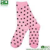 Розовые носки женщин платья пункта волны
