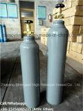 Cilindro de oxígeno médico de 5 litros con el casquillo del cilindro
