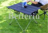 메시 포켓을%s 가진 픽크닉 옥외 휴대용 테이블을%s 접히는 야영지 테이블