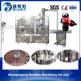 Máquina de rellenar de la soda carbónica automática llena de la botella