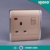 Igoto - 새로운 작풍 Biritish 네온을%s 가진 표준 Chorming 프레임 13A 벽 스위치