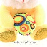 Glückliches Ostern-Kaninchen-Spielzeug mit Ei
