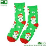 Calcetines lindos de la alineada del muñeco de nieve de la Navidad
