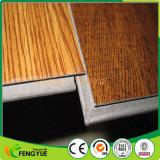 carrelages de verrouillage gravés en relief par graines de PVC en bois de 5.0mm