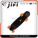 Skate elétrico de 4 rodas com mais remoto