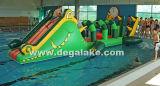 Sosta gonfiabile dell'acqua del coccodrillo, gioco di galleggiamento dell'acqua per il raggruppamento di acqua